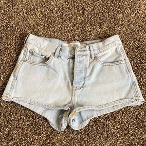Brandy Melville Button High waisted Shorts